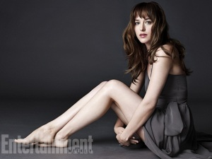 50-shades-of-grey-photos-dakota-johnson-portrait